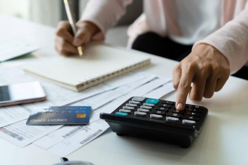 Kena PHK? Ikuti 6 Cara Mengatur Keuangan Agar Pesangon Aman