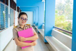 Bagaimana dengan kesejahteraan guru swasta dan guru honorer?