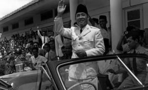 Perguruan Tinggi - Soekarno